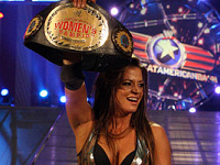Candice Michelle Retains Title at Great American Bash