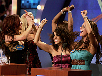 Layla, Candice Michelle, Michelle McCool, Queen Sharmell and Maria on Family Feud
