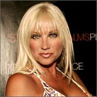 lindahogan.jpeg